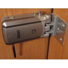 Допълнителна секретна брава за врата Remock Lockey